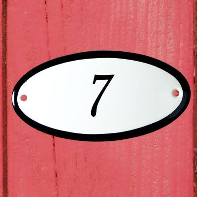 Huisnummerbordje 'ovaal' 7
