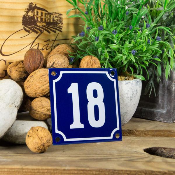 Emaille klein huisnummerbord blauw; nummer 18