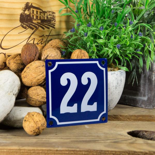 Emaille klein huisnummerbord blauw; nummer 22
