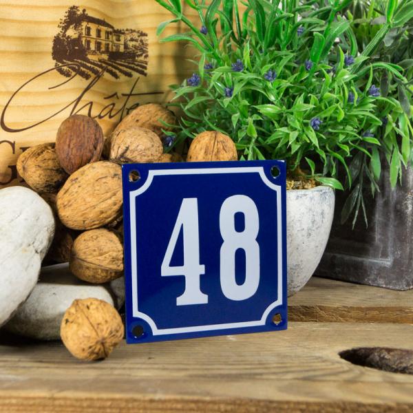 Emaille klein huisnummerbord blauw; nummer 48