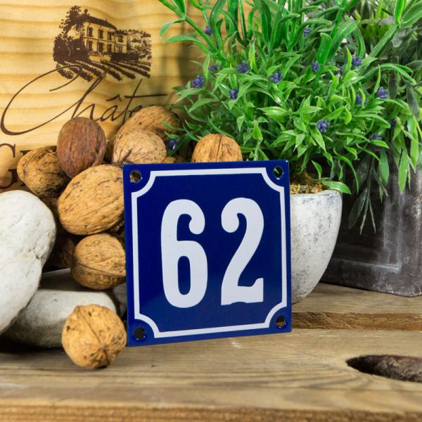 Emaille klein huisnummerbord blauw; nummer 62