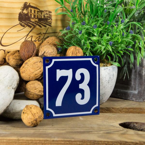 Emaille klein huisnummerbord blauw; nummer 73