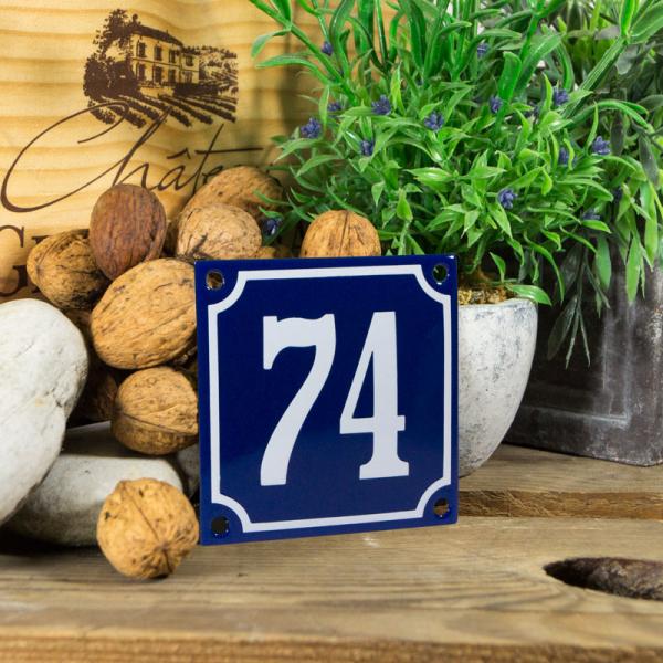 Emaille klein huisnummerbord blauw; nummer 74