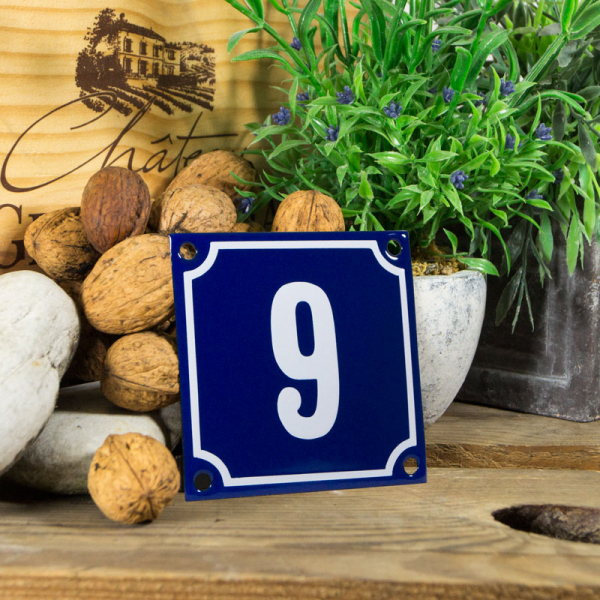 Emaille klein huisnummerbord blauw; nummer 9