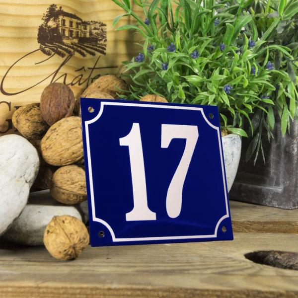 Huisnummerbord groot blauw nummer 17