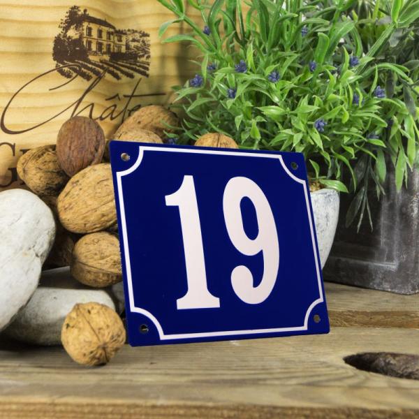 Huisnummerbord groot blauw nummer 19