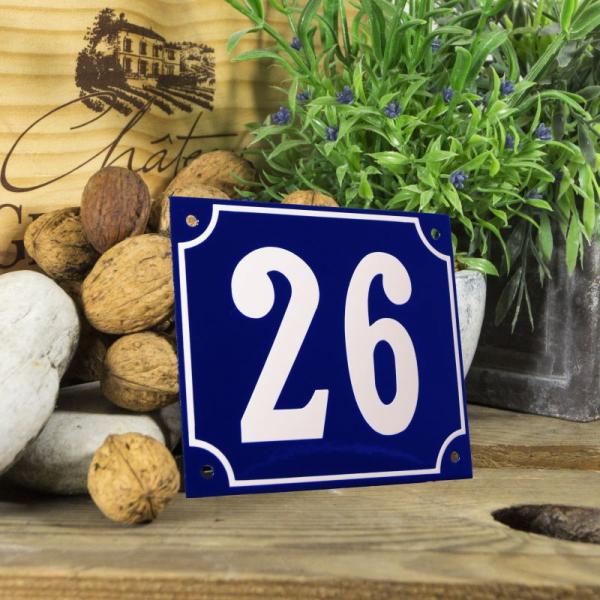 Huisnummerbord groot blauw nummer 26