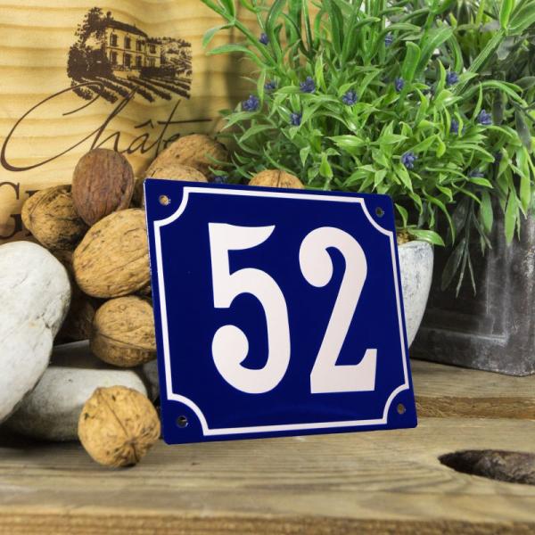 Huisnummerbord groot blauw nummer 52