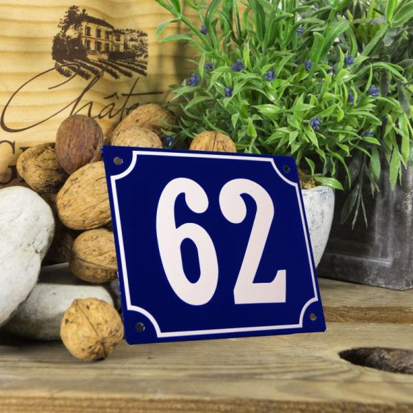 Huisnummerbord groot blauw nummer 62