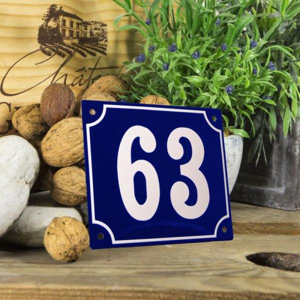 Huisnummerbord groot blauw nummer 63