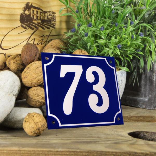 Huisnummerbord groot blauw nummer 73