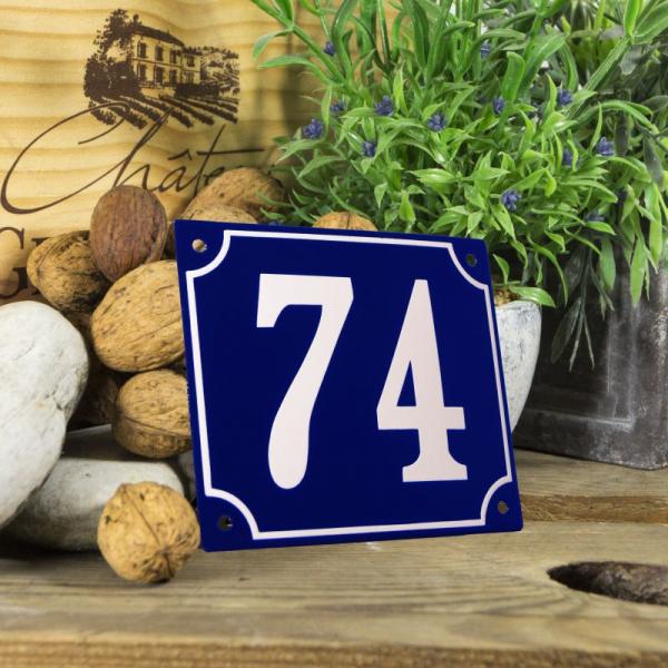 Huisnummerbord groot blauw nummer 74