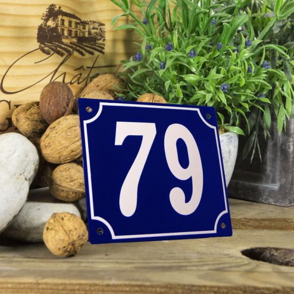 Huisnummerbord groot blauw nummer 79