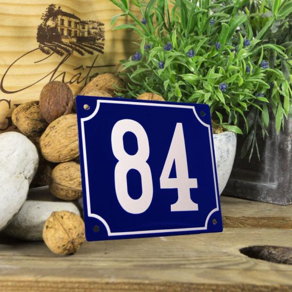 Huisnummerbord groot blauw nummer 84