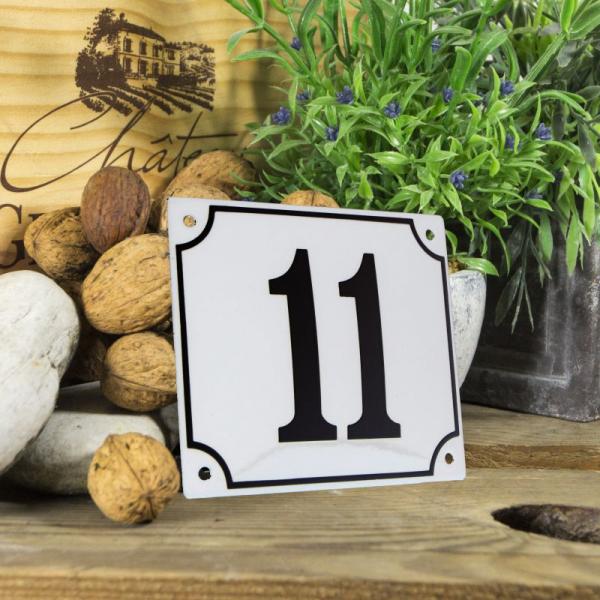 Huisnummerbord groot wit nummer 11