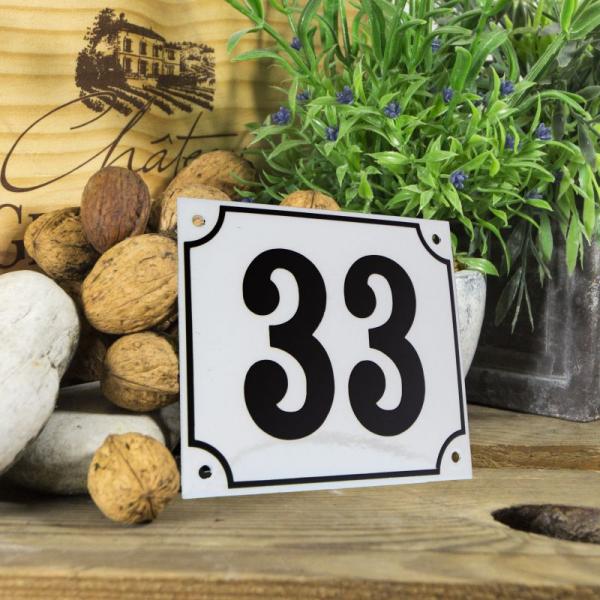 Huisnummerbord groot wit nummer 33