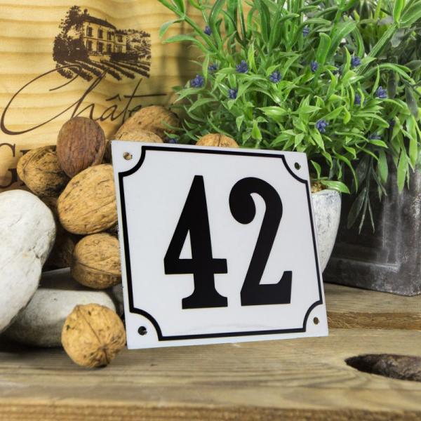 Huisnummerbord groot wit nummer 42