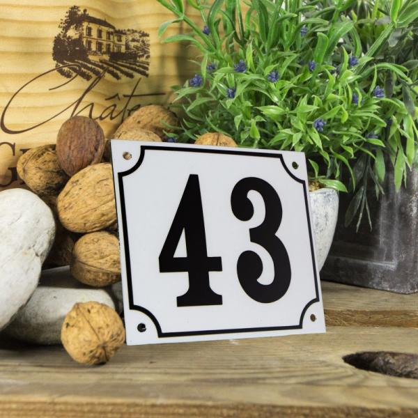 Huisnummerbord groot wit nummer 43