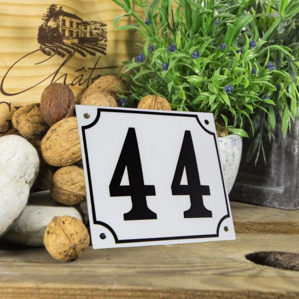 Huisnummerbord groot wit nummer 44