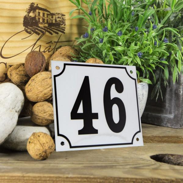 Huisnummerbord groot wit nummer 46