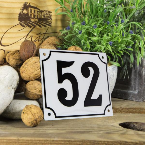 Huisnummerbord groot wit nummer 52