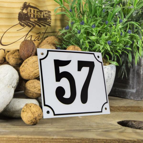 Huisnummerbord groot wit nummer 57