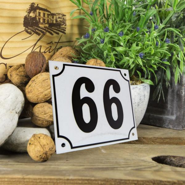 Huisnummerbord groot wit nummer 66