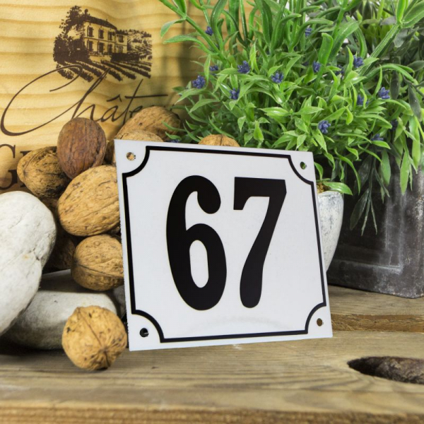 Huisnummerbord groot wit nummer 67