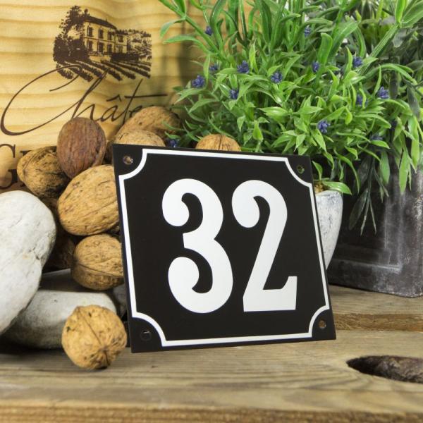 Huisnummerbord groot zwart nummer 32