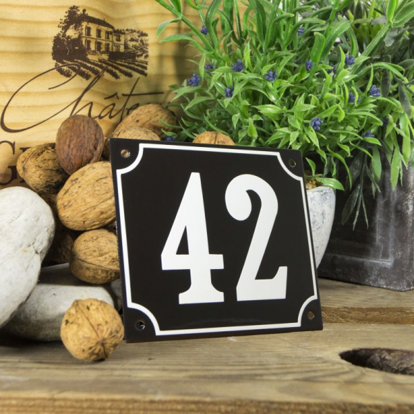 Huisnummerbord groot zwart nummer 42