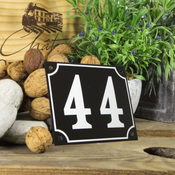 Huisnummerbord groot zwart nummer 44