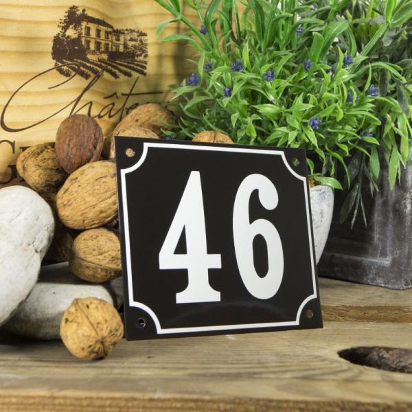 Huisnummerbord groot zwart nummer 46