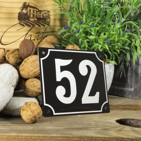 Huisnummerbord groot zwart nummer 52