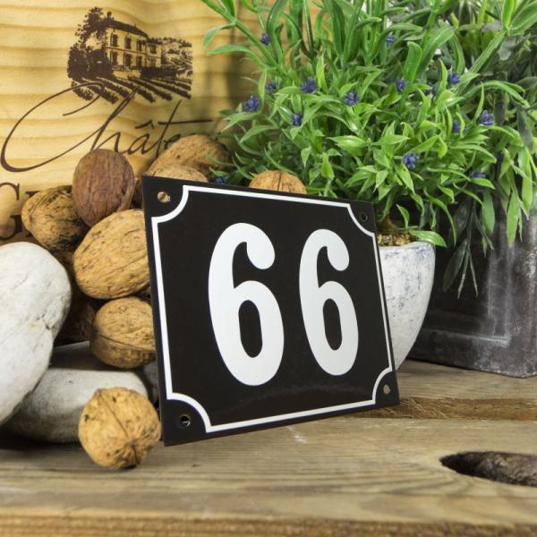 Huisnummerbord groot zwart nummer 66