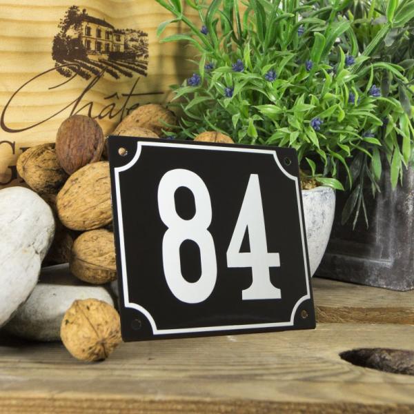 Huisnummerbord groot zwart nummer 84