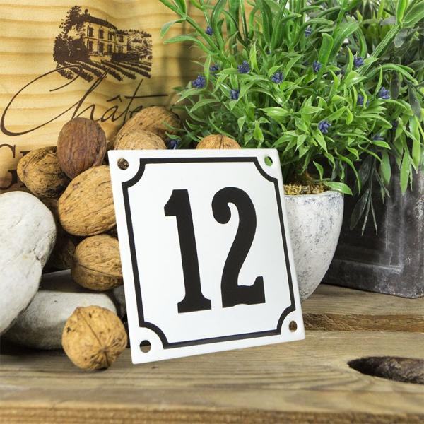 Huisnummerbord wit klein 10x10 cm nummer 12