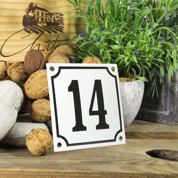 Huisnummerbord wit klein 10x10 cm nummer 14