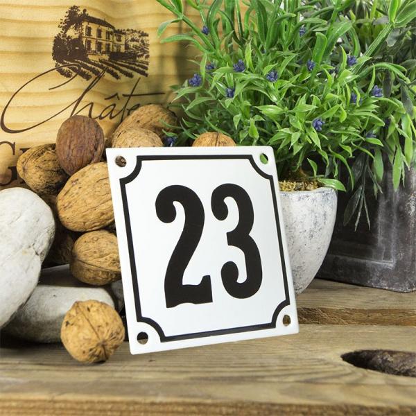 Huisnummerbord wit klein 10x10 cm nummer 23