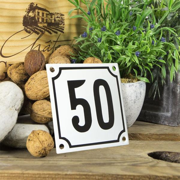 Huisnummerbord wit klein 10x10 cm nummer 50