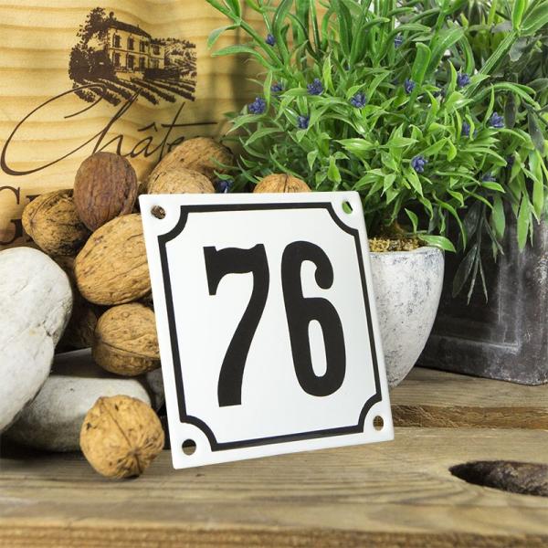 Huisnummerbord wit klein 10x10 cm nummer 76