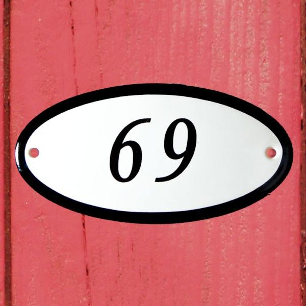 Huisnummerbordje ovaal nummer 69