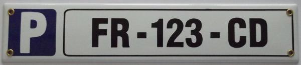 Parkeerbord met eigen naam of kenteken