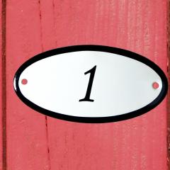 Huisnummerbord wit klein 10x10 cm nummer 99